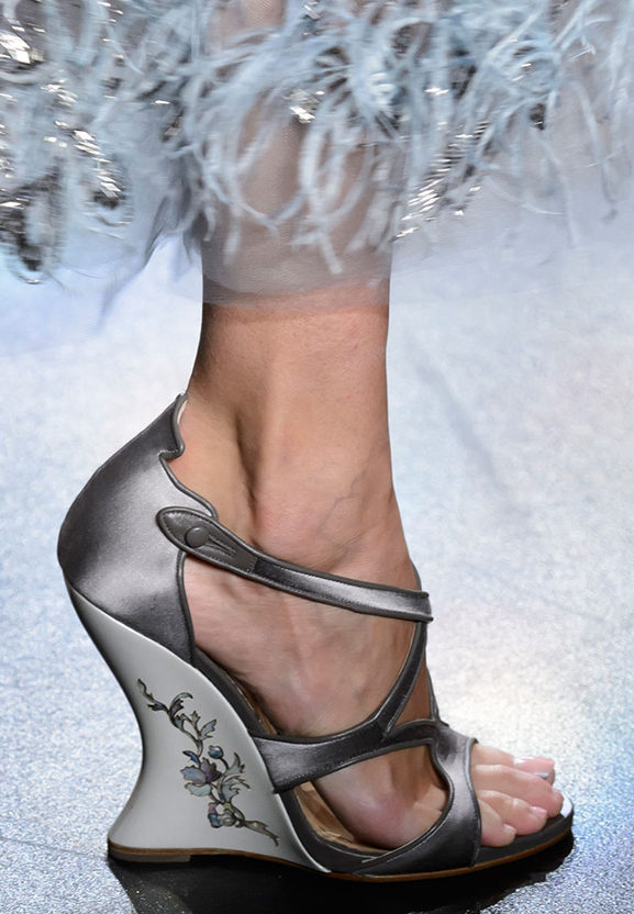 FALL 2016 SHOES WEDGE MARCHESA