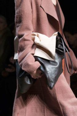 Fall 2016 Bag Shopper Narciso