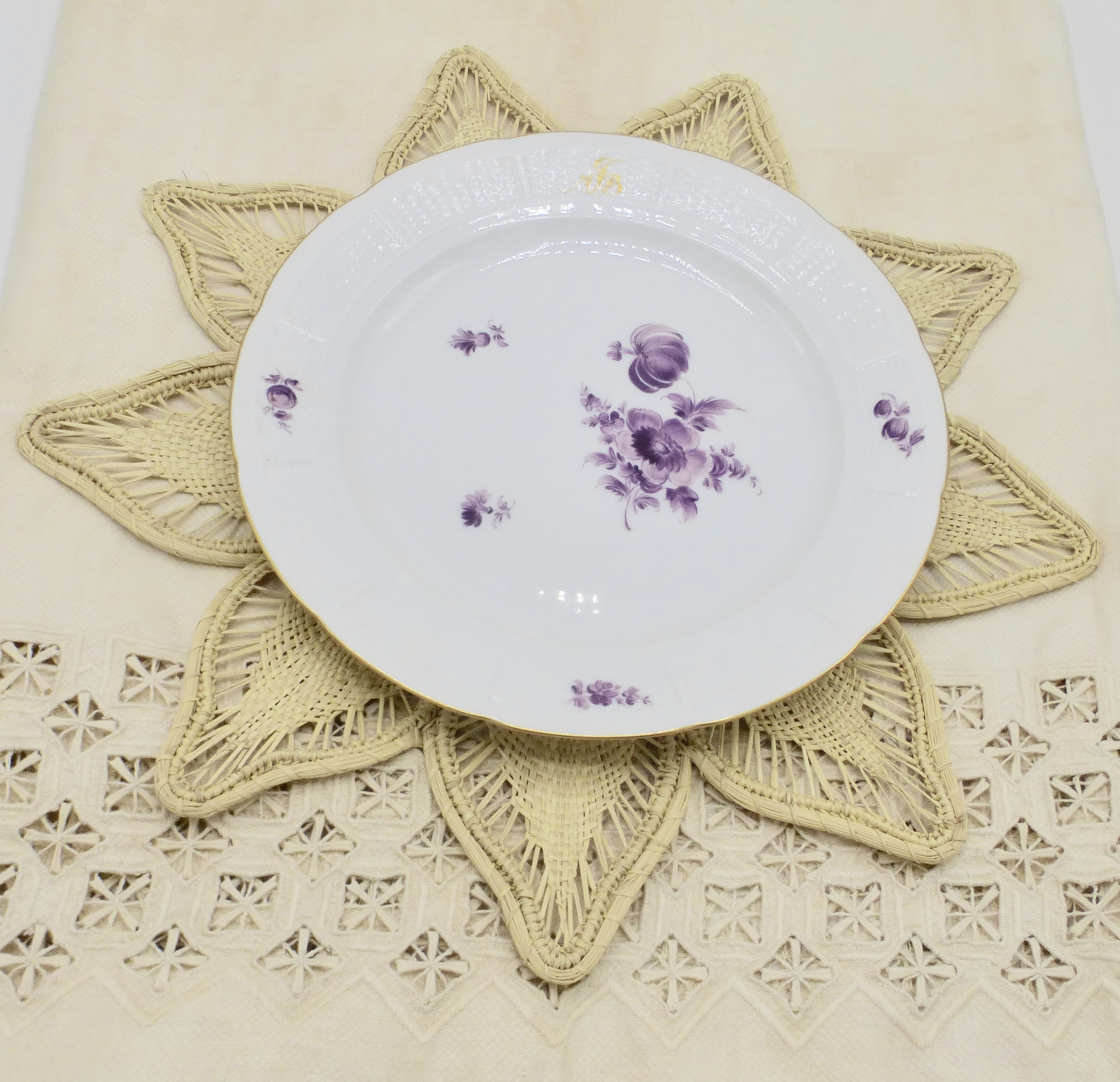 Petal Placemat Iraca Palm Natural Style Wise Trend